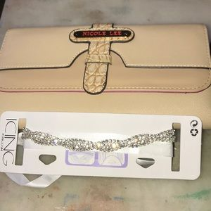 Amazing 3 fold wallet by nicole lee with gift